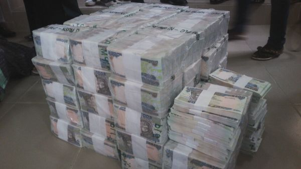 Nigeria: EFCC Intercepts N49 Million At Kaduna Airport