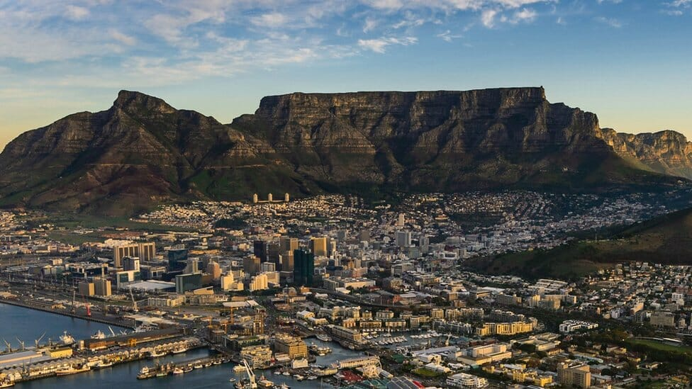 Table Mountain climbers: Cape Town rescuers find bodies