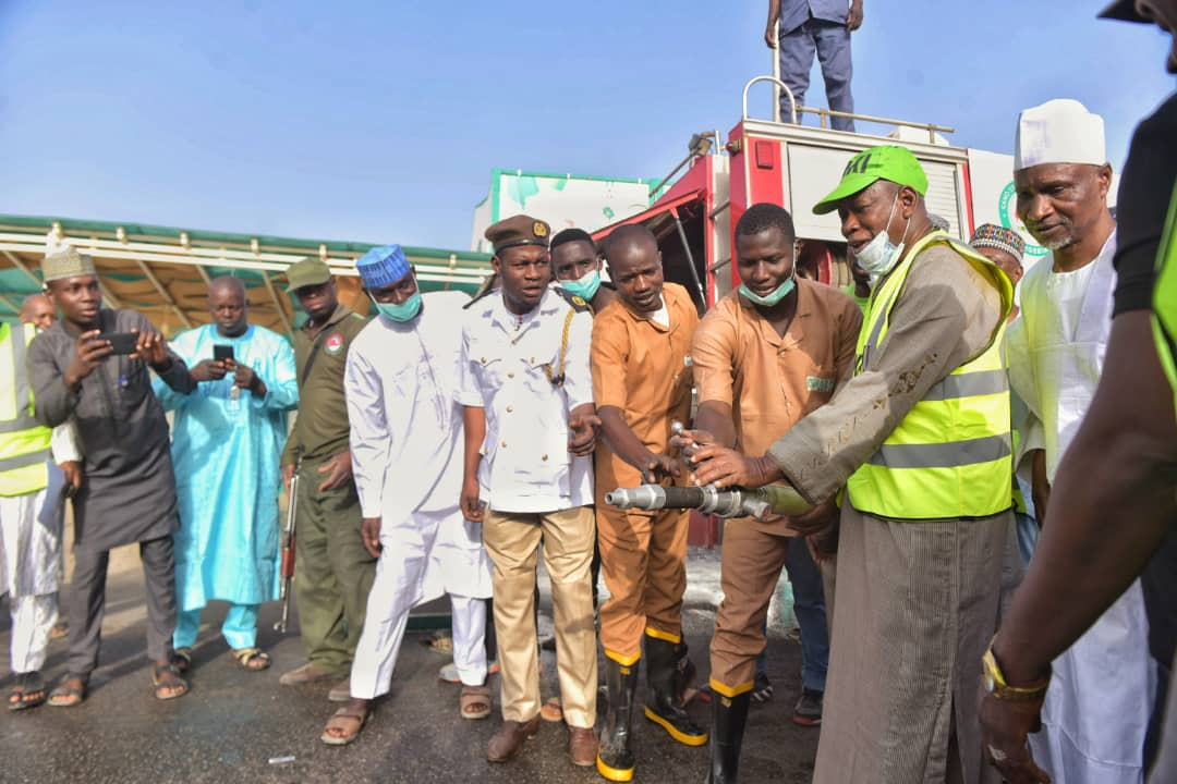 COVID-19 : Gov. Ganduje Fumigates Kano, Reiterates Social Distancing