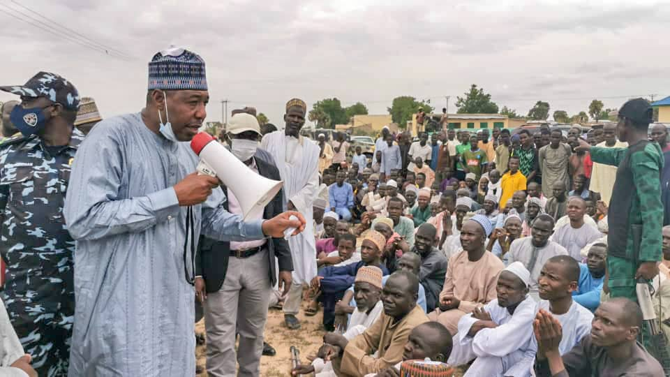 Borno: Zulum Travels to Damasak, Meets Returned Refugees, Supports 674 Households