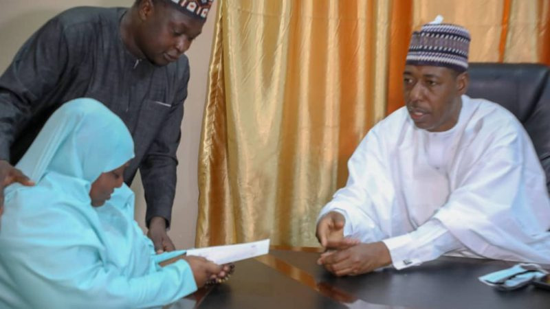 Zulum presents 20 million naira cheque to late Col. Bako's family, others too